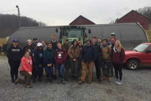 Volunteers Pitch In For The Forest Restoration Alliance